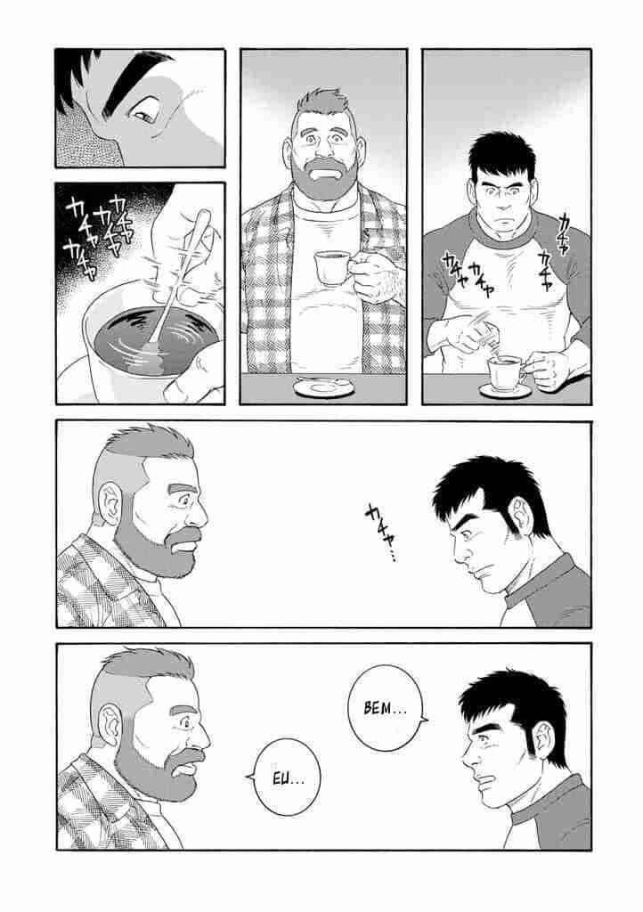 Mike e Yaichi tomando um café sem saber o que dizer um para o outro em uma cena de o marido do meu irmao