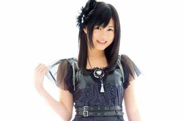 Konomi Suzuki cantora da abertura da segunda temporada de Re Zero