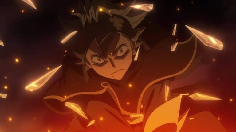 Black Clover Asta usando sua espada com cacos de vidro pulando
