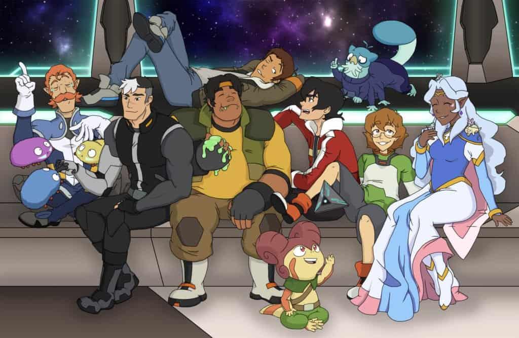Tripulação do Voltron reunida em um sofá