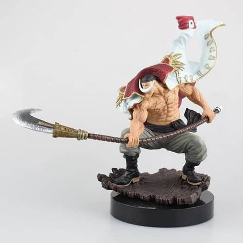 Action Figure de One Piece Barba Branca e sua lança