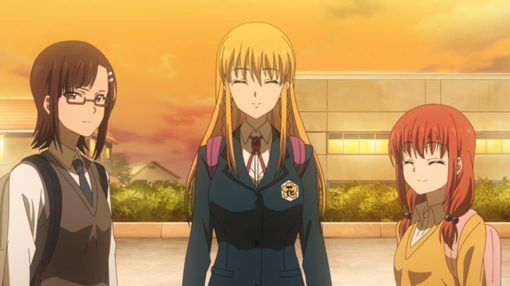 três personagens de iwa kakeru sorrindo