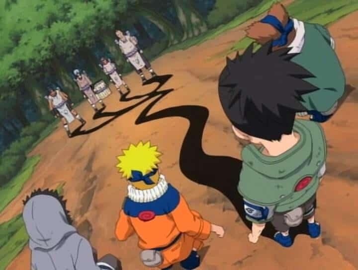 naruto classico sasuke foge e os genins lutando com homens do orochimaru