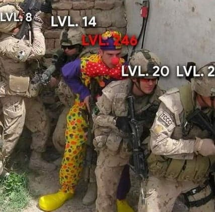 meme level alto em jogos de tiro
