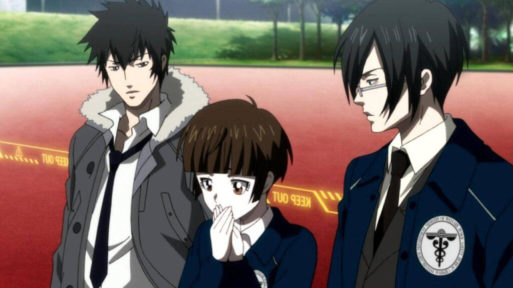 Imagem do executor Kogami e os inspetores Akane e Ginoza