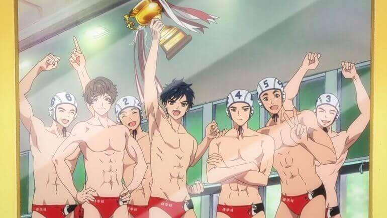 Minato segurando troféu no anime